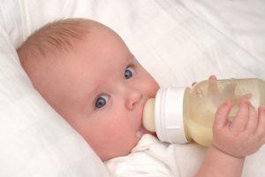 sfatulparintilor-ro-alimentatie-bebelusi-lapte-formula